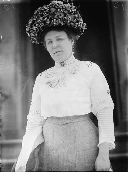 Photograph of Meta Schlichting Berger in 1911.