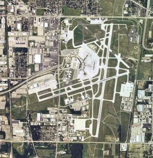 General Mitchell International Airport is part of the urban fabric, as shown in this 2006 overhead photograph.