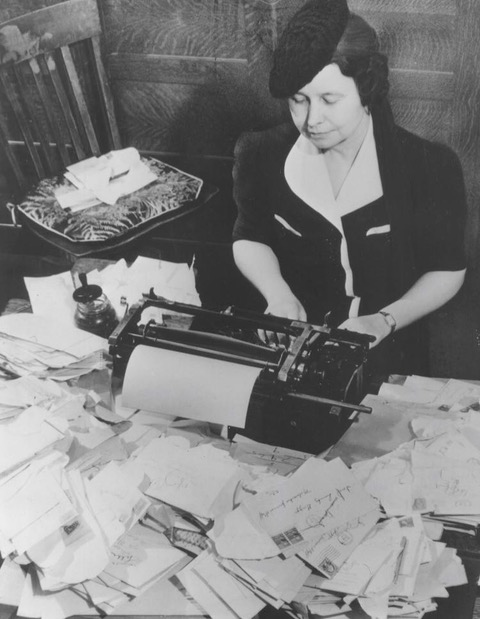 <table class=&quot;lightbox&quot;><tr><td colspan=2 class=&quot;lightbox-title&quot;>Ione Quinby Griggs</td></tr><tr><td colspan=2 class=&quot;lightbox-caption&quot;>Photograph of Ione Quinby Griggs working at a typewriter during World War II. </td></tr><tr><td colspan=2 class=&quot;lightbox-spacer&quot;></td></tr><tr class=&quot;lightbox-detail&quot;><td class=&quot;cell-title&quot;>Source: </td><td class=&quot;cell-value&quot;>Copyright Milwaukee Journal Sentinel. Reprinted with permission. </td></tr><tr class=&quot;filler-row&quot;><td colspan=2>&nbsp;</td></tr></table>