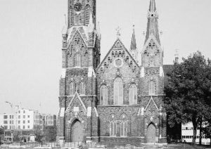 Ground-level photograph of the Trinity Evangelical Lutheran Church taken during the 1930s.