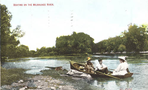 <table class=&quot;lightbox&quot;><tr><td colspan=2 class=&quot;lightbox-title&quot;>Boating on the Milwaukee River</td></tr><tr><td colspan=2 class=&quot;lightbox-caption&quot;>Postcard illustrating boaters on the Milwaukee River, produced between 1907 and 1909. </td></tr><tr><td colspan=2 class=&quot;lightbox-spacer&quot;></td></tr><tr class=&quot;lightbox-detail&quot;><td class=&quot;cell-title&quot;>Source: </td><td class=&quot;cell-value&quot;>Greetings from Milwaukee: Selections from the Thomas and Jean Ross Bliffert Postcard Collection, Archives. University of Wisconsin-Milwaukee Libraries. <br /><a href=&quot;http://collections.lib.uwm.edu/digital/collection/gfmmke/id/651/rec/29&quot; target=&quot;_blank&quot;>University of Wisconsin-Milwaukee Libraries</a></td></tr><tr class=&quot;filler-row&quot;><td colspan=2>&nbsp;</td></tr></table>
