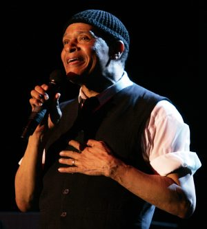Photograph of Al Jarreau performing in 2006 at his alma mater, Ripon College, located in Ripon, Wisconsin.