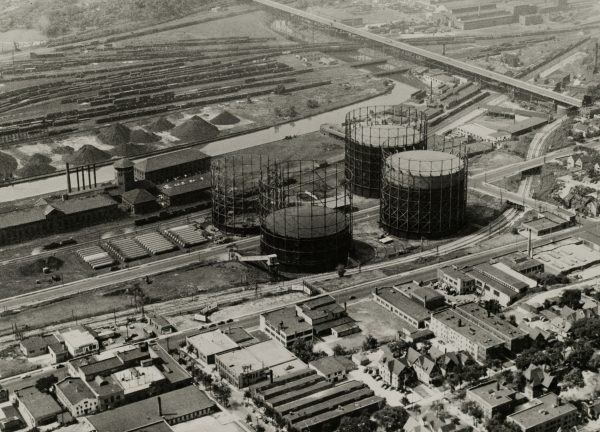 A 1947 aerial view of the Menomonee Valley showing the Wisconsin Gas Company's coal gas processing and storage facility near 26th and St. Paul.