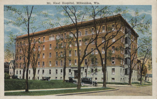 Postcard created between 1907 and 1930 featuring Mount Sinai Hospital in Milwaukee.