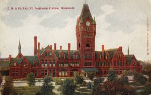 Postcard created between 1907 and 1915 showing the Chicago, Milwaukee, and St. Paul railroad station.
