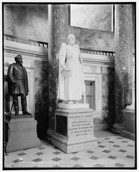 Photograph of the Jacques Marquette statue in Statuary Hall at the U.S. Capitol in Washington, D.C.
