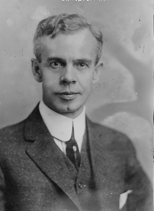 Portrait of Gerhard Bading, Milwaukee's Milwaukee's Fusion Party mayoral candidate in 1912, 1914, and 1916.