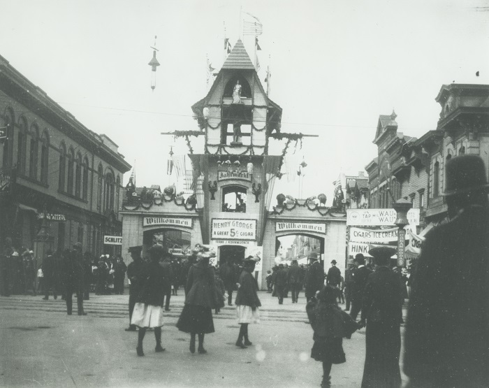 <table class=&quot;lightbox&quot;><tr><td colspan=2 class=&quot;lightbox-title&quot;>Milwaukee Jahrmarkt</td></tr><tr><td colspan=2 class=&quot;lightbox-caption&quot;>Photograph featuring the gates to the Jahrmarkt, an annual street festival held at W. National Avenue and the current S. 5th Street, circa 1905.</td></tr><tr><td colspan=2 class=&quot;lightbox-spacer&quot;></td></tr><tr class=&quot;lightbox-detail&quot;><td class=&quot;cell-title&quot;>Source: </td><td class=&quot;cell-value&quot;>From the Historic Photo Archive of the Milwaukee Public Library. Reprinted with permission. <br /><a href=&quot;http://content.mpl.org/cdm/singleitem/collection/HstoricPho/id/5632/rec/2&quot; target=&quot;_blank&quot;>Milwaukee Public Library</a></td></tr><tr class=&quot;filler-row&quot;><td colspan=2>&nbsp;</td></tr></table>