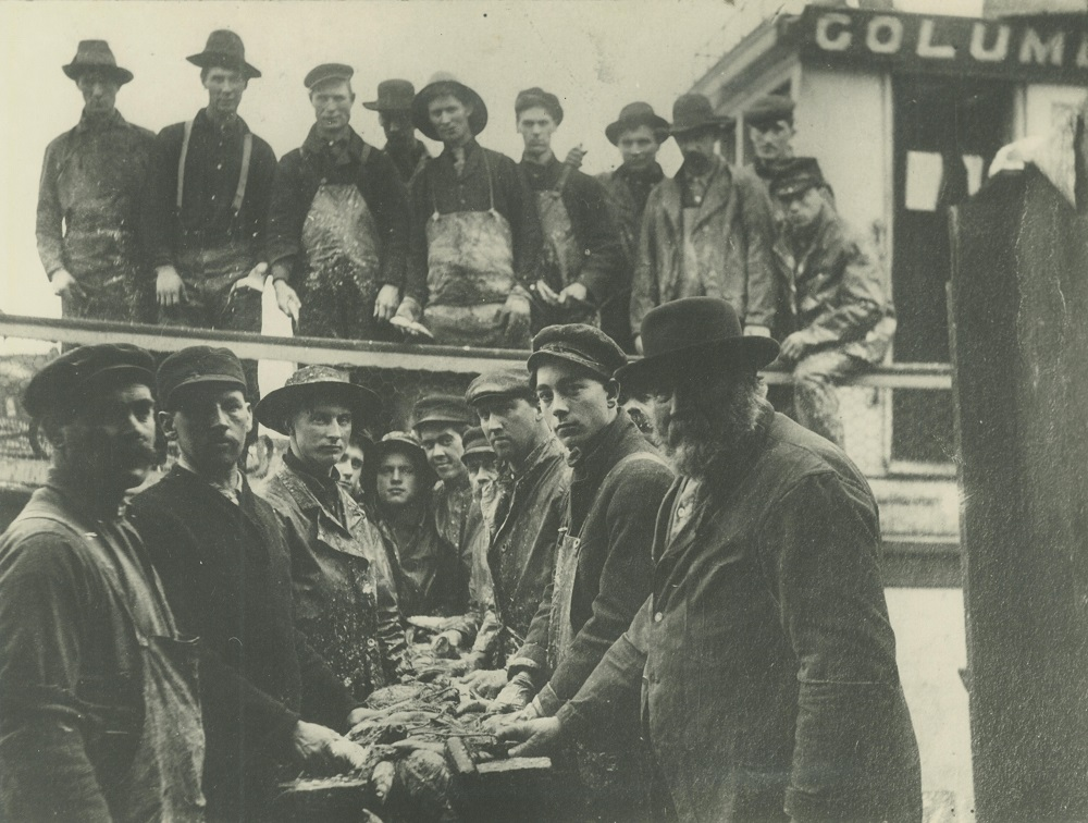 <table class=&quot;lightbox&quot;><tr><td colspan=2 class=&quot;lightbox-title&quot;>Milwaukee Fishermen</td></tr><tr><td colspan=2 class=&quot;lightbox-caption&quot;>After a hard day's work, fishermen with their catch and nets (foreground) while others remain on the boat.</td></tr><tr><td colspan=2 class=&quot;lightbox-spacer&quot;></td></tr><tr class=&quot;lightbox-detail&quot;><td class=&quot;cell-title&quot;>Source: </td><td class=&quot;cell-value&quot;>From the Historic Photo Collection of the Milwaukee Public Library. Reprinted with permission. <br /><a href=&quot;http://content.mpl.org/cdm/singleitem/collection/HstoricPho/id/4320/rec/29&quot; target=&quot;_blank&quot;>Milwaukee Public Library</a></td></tr><tr class=&quot;filler-row&quot;><td colspan=2>&nbsp;</td></tr></table>