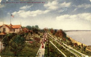 An early twentieth century postcard view of the Whitefish Bay Resort.