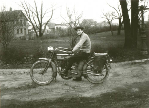<table class=&quot;lightbox&quot;><tr><td colspan=2 class=&quot;lightbox-title&quot;>Man on a Harley-Davidson</td></tr><tr><td colspan=2 class=&quot;lightbox-caption&quot;>A man sits on a Harley-Davidson motorcycle in Kosciuszko Park circa 1915.</td></tr><tr><td colspan=2 class=&quot;lightbox-spacer&quot;></td></tr><tr class=&quot;lightbox-detail&quot;><td class=&quot;cell-title&quot;>Source: </td><td class=&quot;cell-value&quot;>From the Roman B. Kwaniewski Photographs Collection, Archives. University of Wisconsin-Milwaukee Libraries.<br /><a href=&quot;http://collections.lib.uwm.edu/digital/collection/mke-polonia/id/37562/rec/3&quot; target=&quot;_blank&quot;>University of Wisconsin-Milwaukee Libraries</a></td></tr><tr class=&quot;filler-row&quot;><td colspan=2>&nbsp;</td></tr></table>