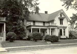 Photograph of the Beulah Brinton House in Bay View. Today, the building is home to the Bay View Historical Society.