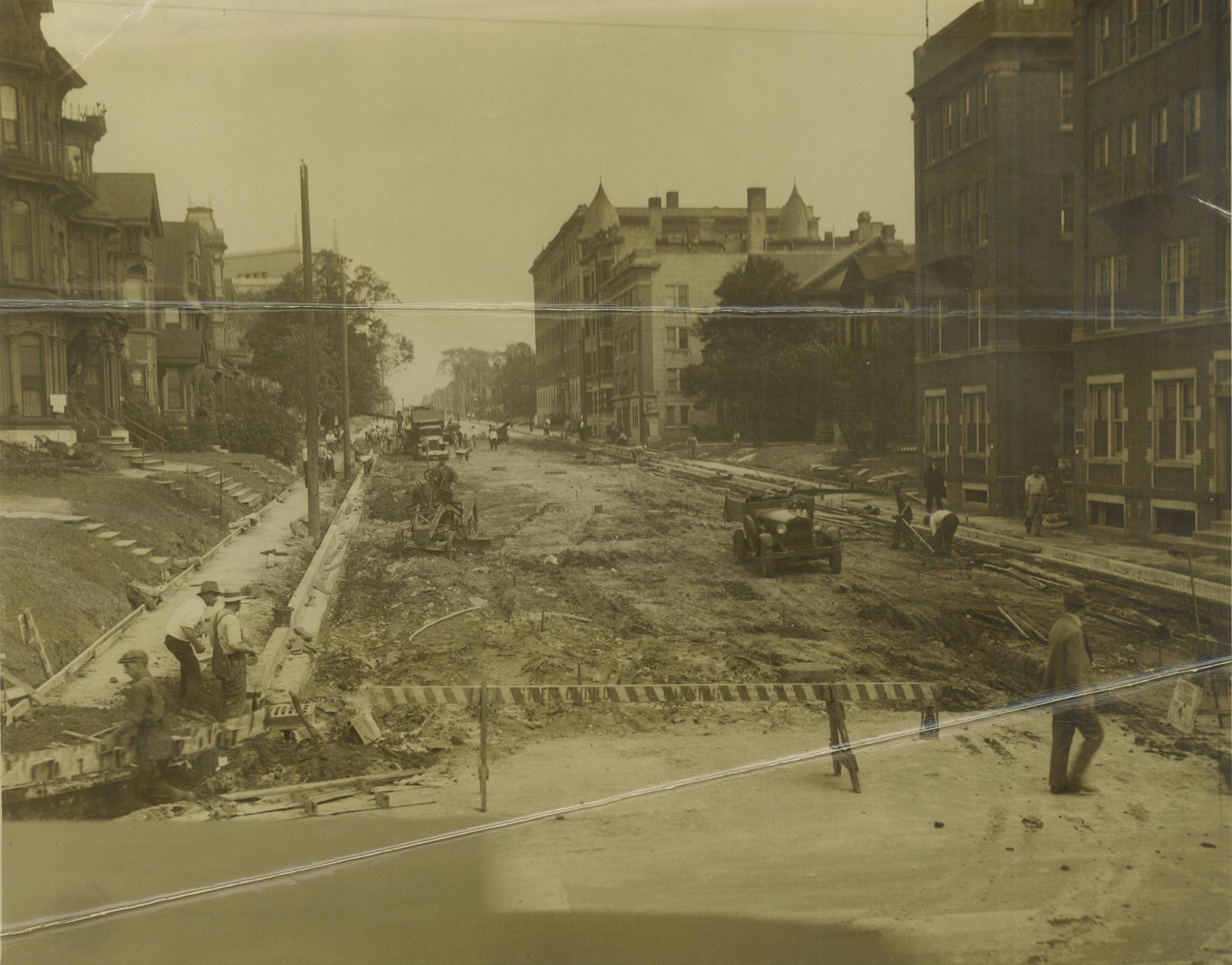 <table class=&quot;lightbox&quot;><tr><td colspan=2 class=&quot;lightbox-title&quot;>Milwaukee Road Construction</td></tr><tr><td colspan=2 class=&quot;lightbox-caption&quot;>The roadbed on East Juneau Avenue under construction in the 1920s.</td></tr><tr><td colspan=2 class=&quot;lightbox-spacer&quot;></td></tr><tr class=&quot;lightbox-detail&quot;><td class=&quot;cell-title&quot;>Source: </td><td class=&quot;cell-value&quot;>From the Historic Photo Collection of the Milwaukee Public Library. Reprinted with permission. <br /><a href=&quot;http://content.mpl.org/cdm/singleitem/collection/HstoricPho/id/6748/rec/16&quot; target=&quot;_blank&quot;>Milwaukee Public Library</a></td></tr><tr class=&quot;filler-row&quot;><td colspan=2>&nbsp;</td></tr></table>