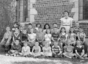 Kindergarten class at Henry Clay School, located in Whitefish Bay, in 1952.
