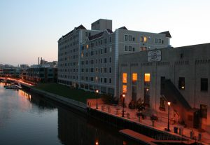 The Lakefront Brewery and new apartment construction along Commerce Street on the Milwaukee River in Brewer's Hill.