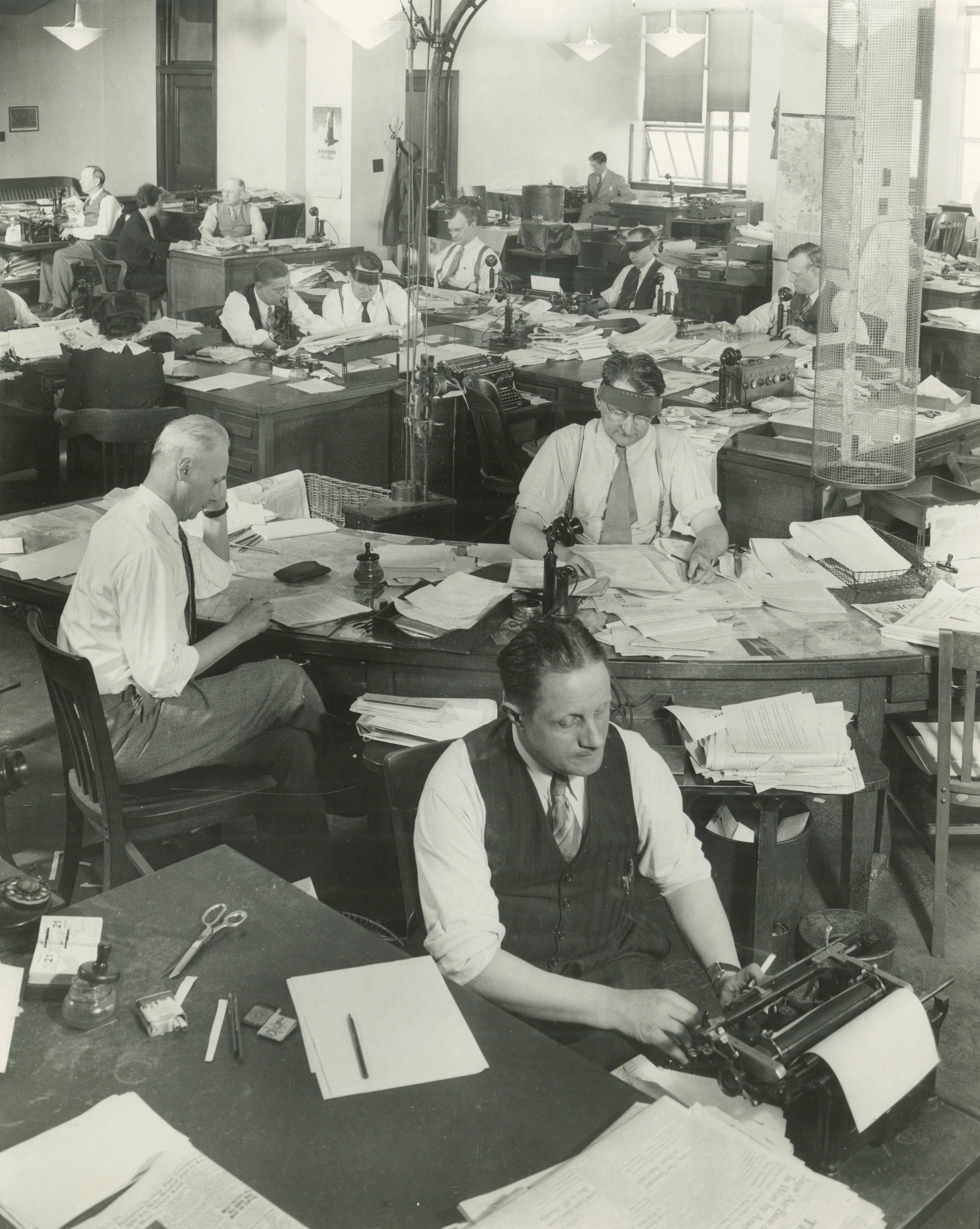 <table class=&quot;lightbox&quot;><tr><td colspan=2 class=&quot;lightbox-title&quot;>Milwaukee Journal Newsroom</td></tr><tr><td colspan=2 class=&quot;lightbox-caption&quot;>A room full of employees work at their desks on the fourth floor of the Milwaukee Journal building in 1943. </td></tr><tr><td colspan=2 class=&quot;lightbox-spacer&quot;></td></tr><tr class=&quot;lightbox-detail&quot;><td class=&quot;cell-title&quot;>Source: </td><td class=&quot;cell-value&quot;>From the Historic Photo Collection of the Milwaukee Public Library. Reprinted with permission.<br /><a href=&quot;http://content.mpl.org/cdm/singleitem/collection/HstoricPho/id/3483/rec/9&quot; target=&quot;_blank&quot;>Milwaukee Public Library</a></td></tr><tr class=&quot;filler-row&quot;><td colspan=2>&nbsp;</td></tr></table>