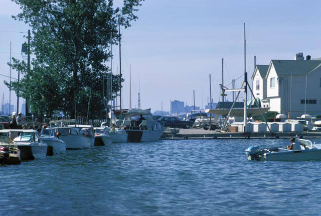 <table class=&quot;lightbox&quot;><tr><td colspan=2 class=&quot;lightbox-title&quot;>South Shore Yacht Club</td></tr><tr><td colspan=2 class=&quot;lightbox-caption&quot;>As the neighborhood's name suggests, Bay View fronts Lake Michigan, as seen in this 1974 photograph of the South Shore Yacht Club.</td></tr><tr><td colspan=2 class=&quot;lightbox-spacer&quot;></td></tr><tr class=&quot;lightbox-detail&quot;><td class=&quot;cell-title&quot;>Source: </td><td class=&quot;cell-value&quot;>From the Milwaukee Neighborhoods: Photos and Maps 1885-1992 Collection, Archives. University of Wisconsin-Milwaukee Libraries.<br /><a href=&quot;https://collections.lib.uwm.edu/digital/collection/mkenh/id/169/rec/15&quot; target=&quot;_blank&quot;>University of Wisconsin-Milwaukee Libraries</a></td></tr><tr class=&quot;filler-row&quot;><td colspan=2>&nbsp;</td></tr></table>