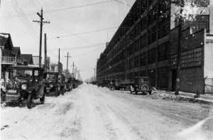 The Seaman Body Corporation plant on N. Richards Street stretches down the block in this 20th century photograph.