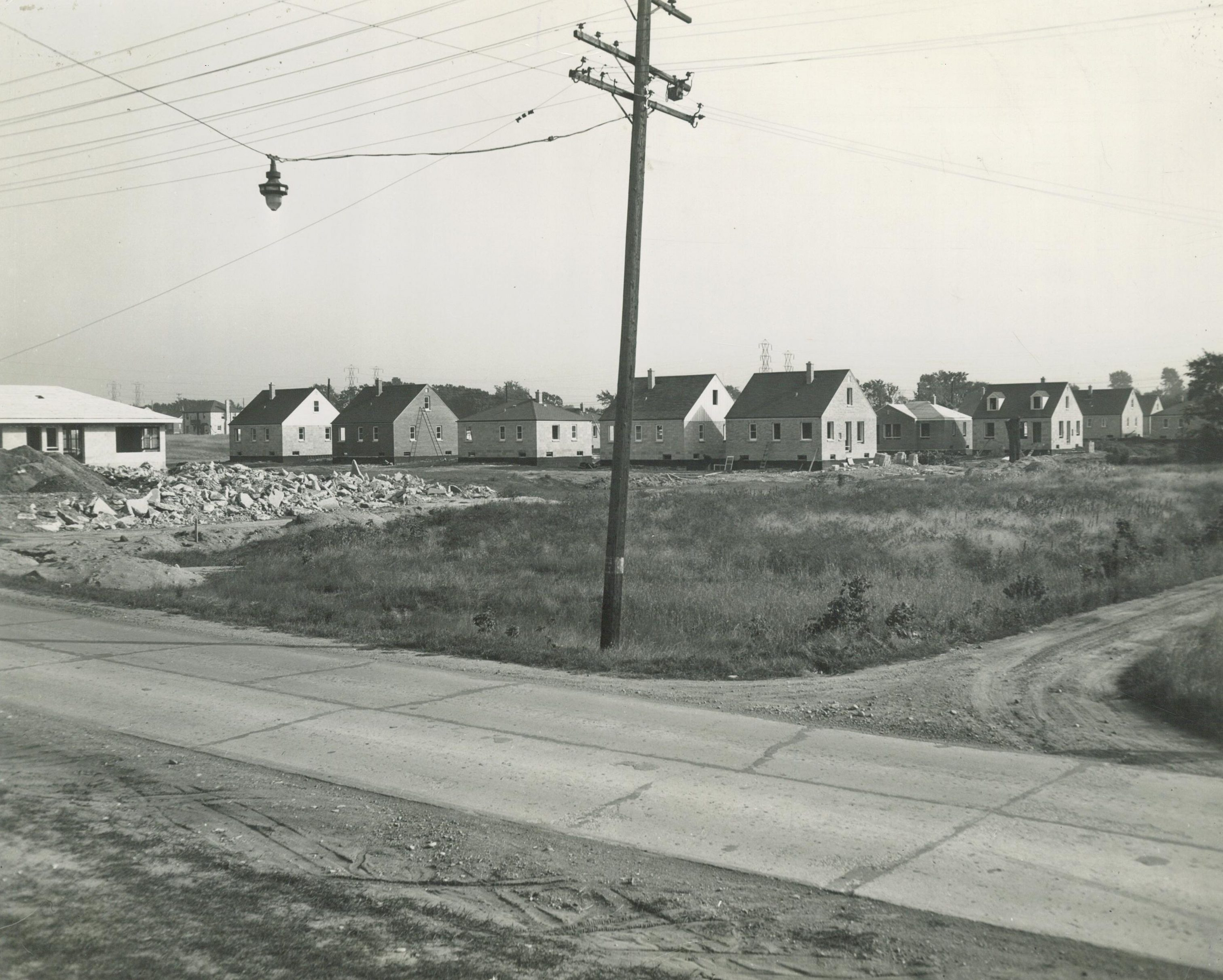 Houses under construction in 1950, shortly after this parcel on South Howard Street was annexed into Milwaukee.