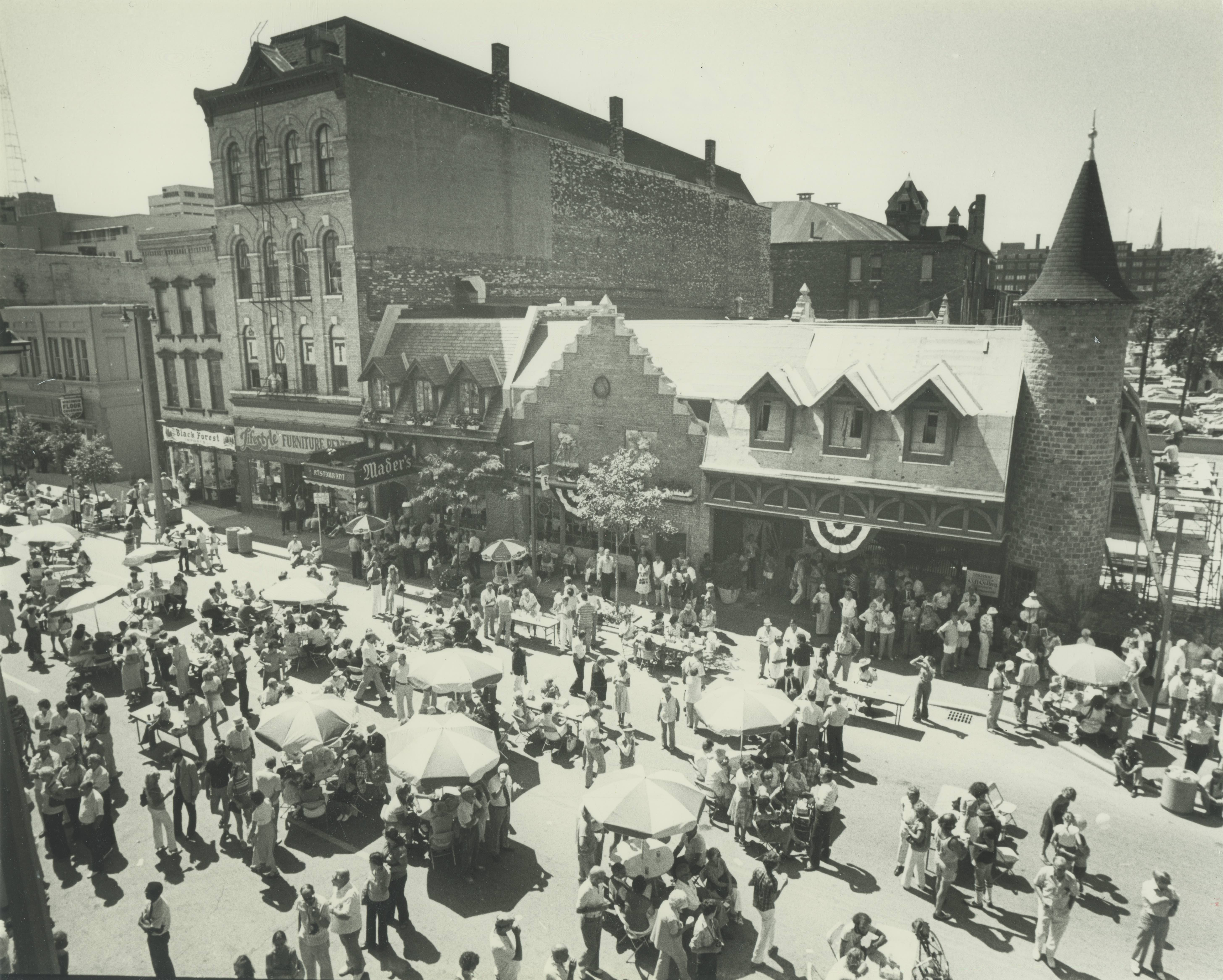 <table class=&quot;lightbox&quot;><tr><td colspan=2 class=&quot;lightbox-title&quot;>Usinger's Centennial Wurst Fest</td></tr><tr><td colspan=2 class=&quot;lightbox-caption&quot;>In August 1980, Usinger's Famous Sausage celebrated its 100th year of business with a block party. </td></tr><tr><td colspan=2 class=&quot;lightbox-spacer&quot;></td></tr><tr class=&quot;lightbox-detail&quot;><td class=&quot;cell-title&quot;>Source: </td><td class=&quot;cell-value&quot;>From the Historic Photo Collection of the Milwaukee Public Library. Reprinted with permission.<br /><a href=&quot;http://content.mpl.org/cdm/singleitem/collection/HstoricPho/id/5653/rec/1&quot; target=&quot;_blank&quot;>Milwaukee Public Library</a></td></tr><tr class=&quot;filler-row&quot;><td colspan=2>&nbsp;</td></tr></table>