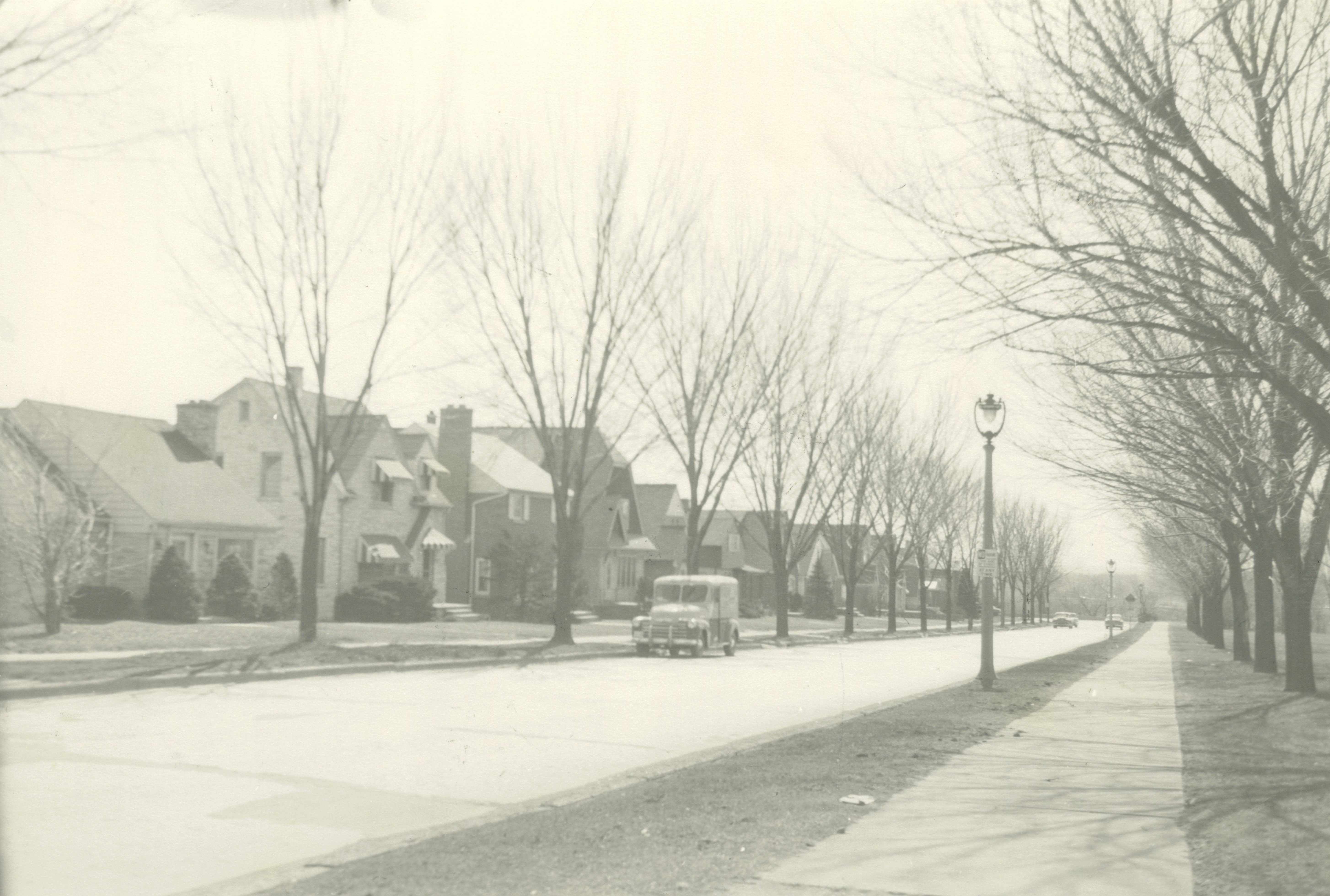 <table class=&quot;lightbox&quot;><tr><td colspan=2 class=&quot;lightbox-title&quot;>Homes on N. 47th Street</td></tr><tr><td colspan=2 class=&quot;lightbox-caption&quot;>These homes on a section of N. 47th Street, between Vliet and Highland, were all demolished to make room for the construction of Highway 175.</td></tr><tr><td colspan=2 class=&quot;lightbox-spacer&quot;></td></tr><tr class=&quot;lightbox-detail&quot;><td class=&quot;cell-title&quot;>Source: </td><td class=&quot;cell-value&quot;>From the Historic Photo Collection of the Milwaukee Public Library. Reprinted with permission.<br /><a href=&quot;http://content.mpl.org/cdm/singleitem/collection/HstoricPho/id/8686/rec/43&quot; target=&quot;_blank&quot;>Milwaukee Public Library</a></td></tr><tr class=&quot;filler-row&quot;><td colspan=2>&nbsp;</td></tr></table>