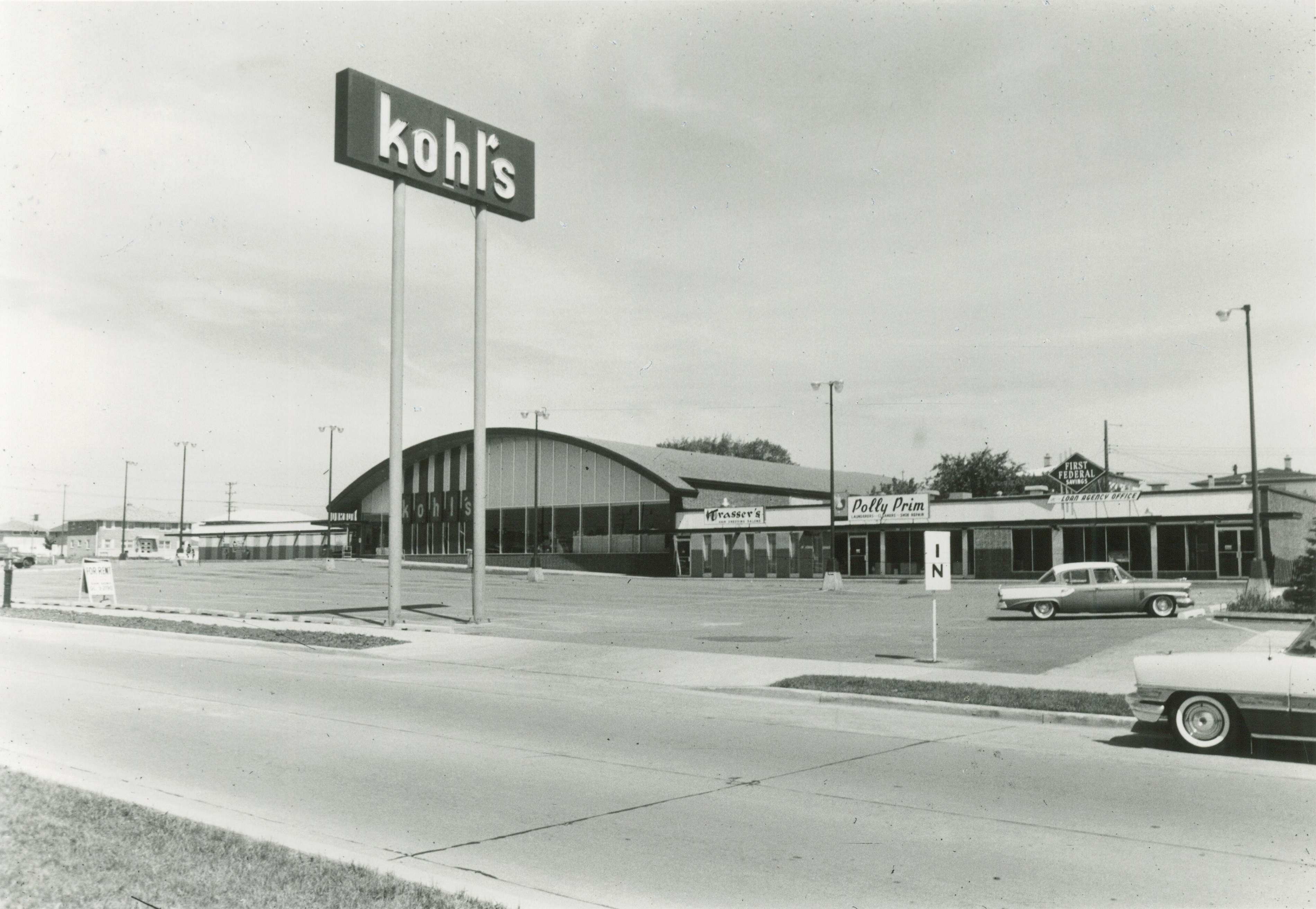 <table class=&quot;lightbox&quot;><tr><td colspan=2 class=&quot;lightbox-title&quot;>Kohl's Food Store</td></tr><tr><td colspan=2 class=&quot;lightbox-caption&quot;>Prior to transition to a department store, Kohl's grocery stores, like this one on 64th and Silver Spring, were located throughout Milwaukee. </td></tr><tr><td colspan=2 class=&quot;lightbox-spacer&quot;></td></tr><tr class=&quot;lightbox-detail&quot;><td class=&quot;cell-title&quot;>Source: </td><td class=&quot;cell-value&quot;>From the Historic Photo Collection of the Milwaukee Public Library. Reprinted with permission. <br /><a href=&quot;http://content.mpl.org/cdm/singleitem/collection/HstoricPho/id/4352/rec/1&quot; target=&quot;_blank&quot;>Milwaukee Public Library</a></td></tr><tr class=&quot;filler-row&quot;><td colspan=2>&nbsp;</td></tr></table>