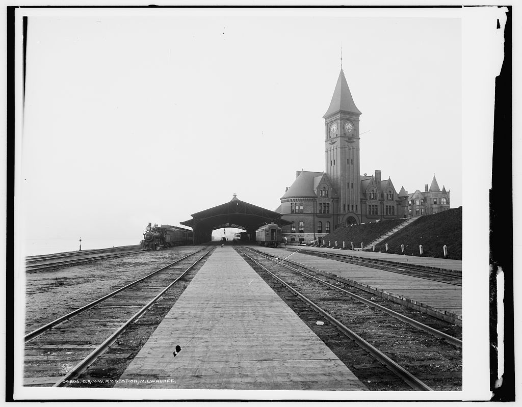 Constructed in 1889, the Chicago and North Western rail depot on Milwaukee's lakefront served as a city landmark until its demolition in 1968.