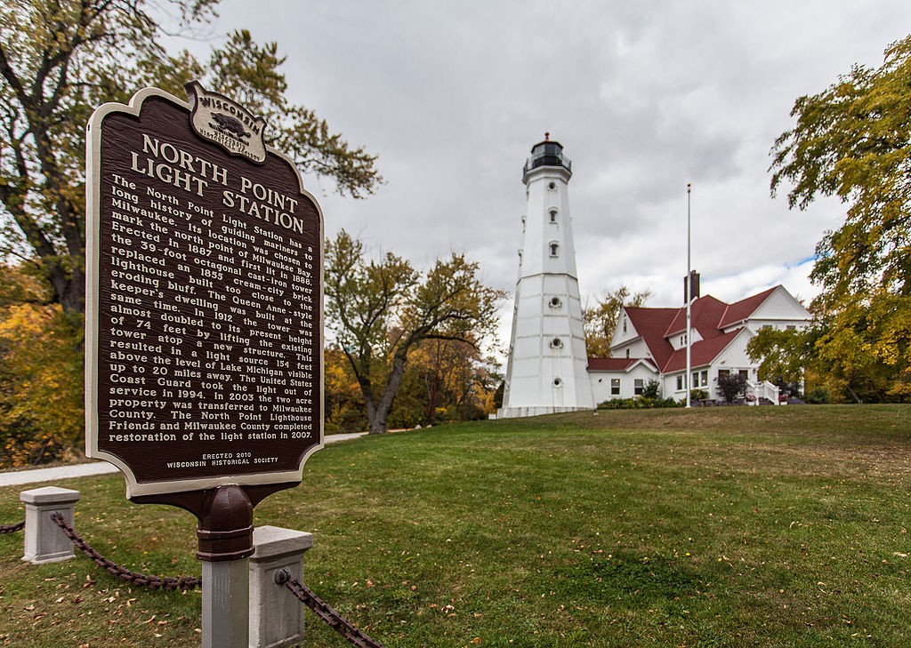 The North Point Light Station that stands today was built in 1887. It replaced a Cream City brick structure that was first constructed in 1855.