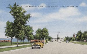Lincoln Memorial Drive provides a scenic drive along Lake Michigan, as illustrated on this postcard published between 1930 and 1945.