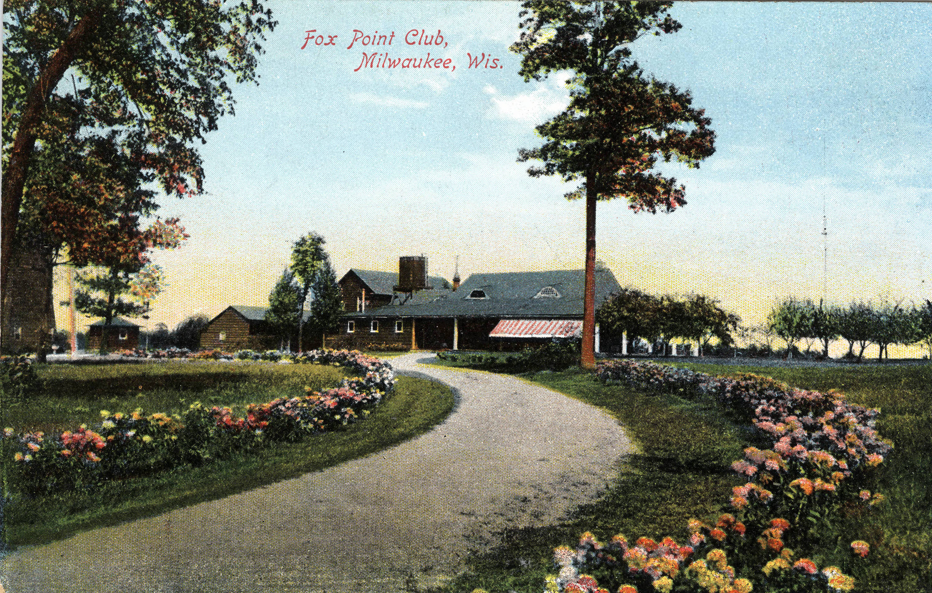 The Fox Point Club was established by the community's early visitors and served as a popular gathering place for the wealthy.