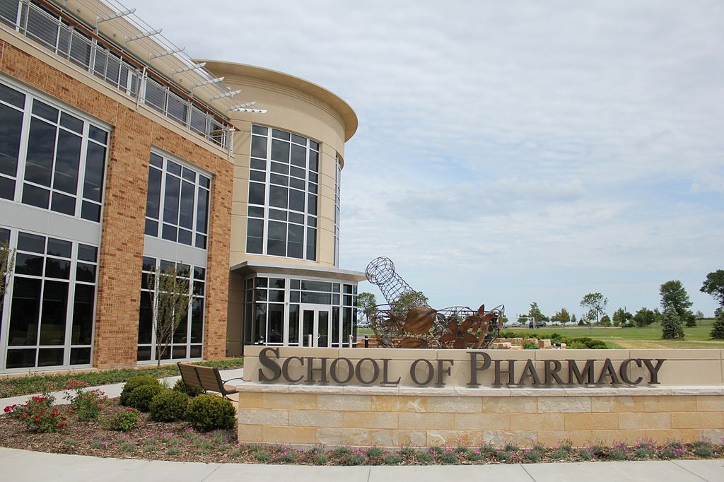 One of Concordia University's most recent academic initiatives, its School of Pharmacy, opened in 2010.