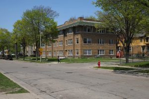 As the Concordia neighborhood changed over the course of the twentieth century, more multi-family residences began to appear. This 2016 photograph illustrates the corner of W. Kilbourn Avenue and 28th Street.