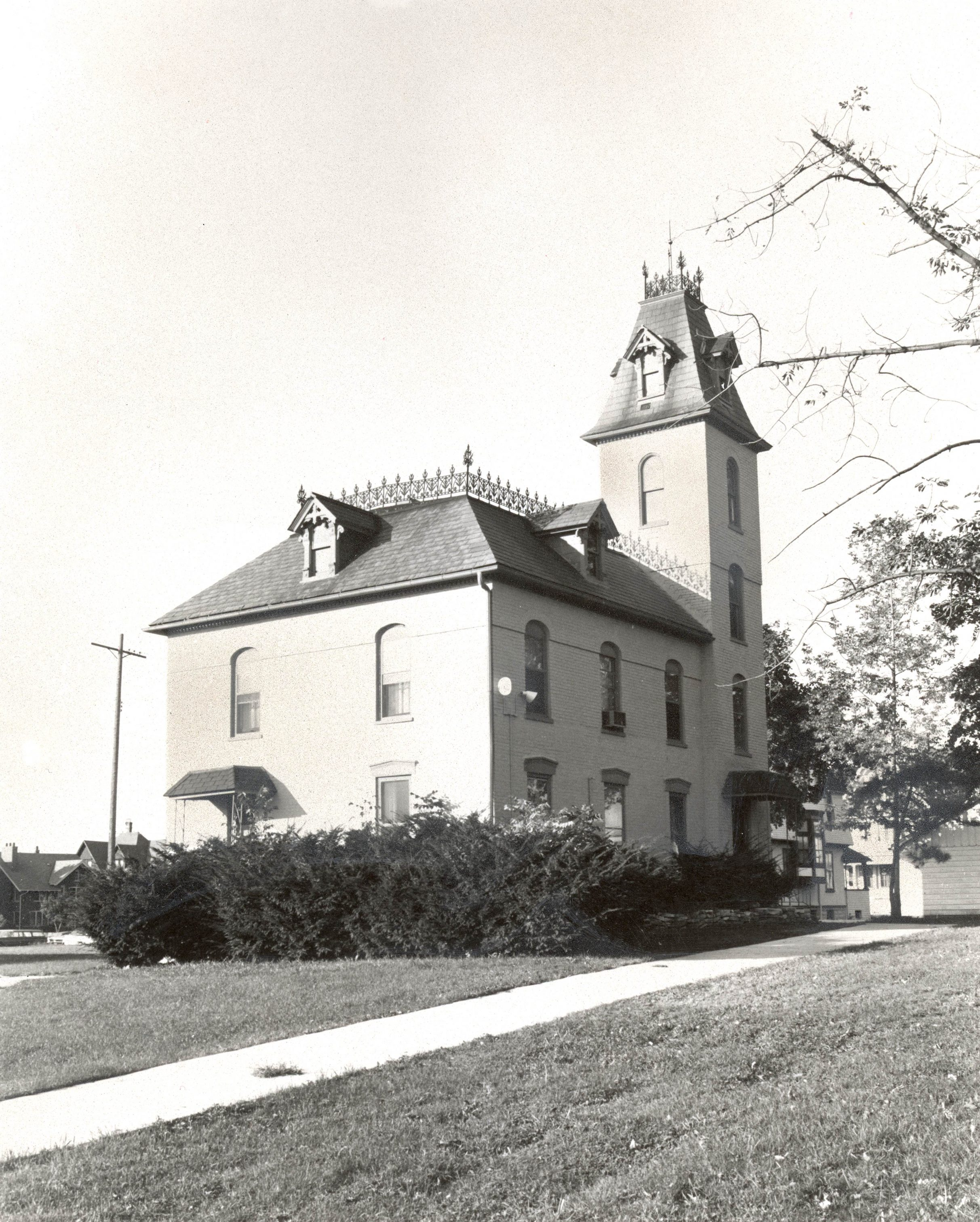 Pictured here in 1974, the Robert Faries Residence on State Street was built around 1850 for Robert Faries, who is believed to be Wisconsin's first dentist. It has had a series of owners, including Concordia College, and is currently privately owned.