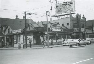 This 1963 photograph illustrates a grocery store corner of 8th Street and North Avenue in the Halyard Park neighborhood.