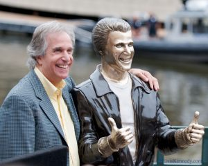 "Actor Henry Winkler attended the ""Bonz the Fonz"" ceremony to dedicate a statue in honor of his character from the television program ""Happy Days"" in 2008. The statue is now a popular tourist attraction."