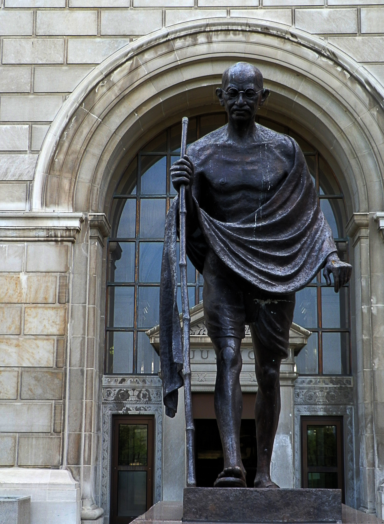 In 2002, artist Gautam Pal's bronze statue of Mahatma Ghandi was unveiled outside the Milwaukee County Courthouse. The memorial was presented by the Wisconsin Coalition of Asian-Indian Organizations.