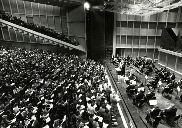 "Members of the Bel Canto Chorus take part in a sing-along performance of Handel's ""Messiah"" with the Milwaukee Symphony Orchestra in 1983."