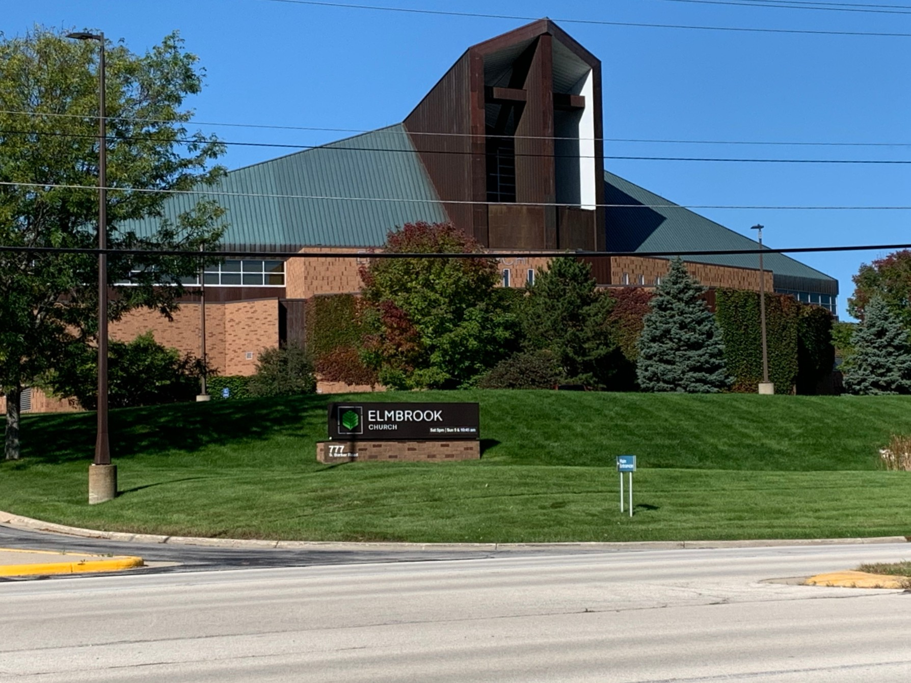 Founded in 1956, Elmbrook Church in Brookfield has steadily expanded to become the largest unaffiliated church in Wisconsin.